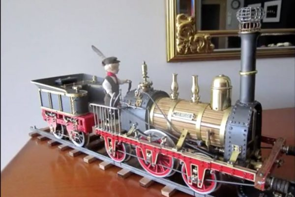 "video van  ""Le Belge 1835 - Stoomtrein modelbouw"" door on6mp"